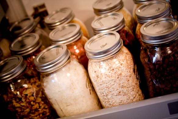 our new house :: mason jar pantry | the rigneys
